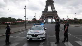 Eiffel Tower briefly evacuated after Paris police receive bomb threat