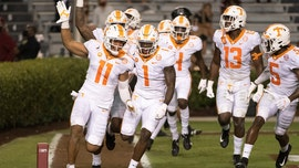 No. 16 Tennessee wins seventh straight 31-27 over Gamecocks