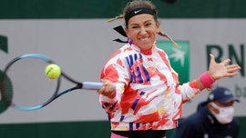 French Open weather leaves Victoria Azarenka frustrated during first-round match