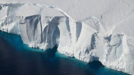 Melting Antarctic ice will raise sea levels and might cause humanity to 'give up ... New York'