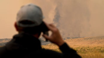 Washington fires ravage 330,000 acres in 24 hours