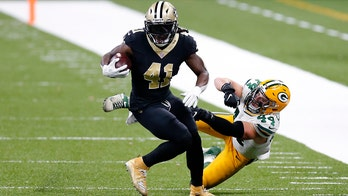 Saints' Alvin Kamara scampers for 52-yard touchdown vs. Packers