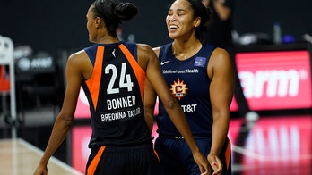 Bonner, Sun eliminate Sparks 73-58, head for semifinals