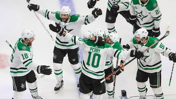 Stars keep Stanley Cup hopes alive with double OT win over Lightning