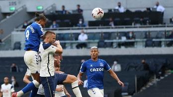 Mourinho woe, Ancelotti joy: Everton opens with win at Spurs