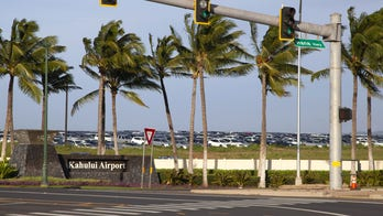Hawaii officials intercept cult at airport, reroute group back to Colorado