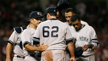 Yankees take on Indians in postseason and will have to contend with midges again