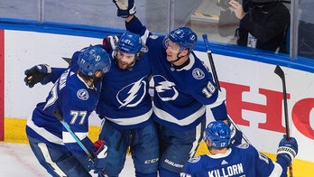 Lightning romp to 8-2 win over Isles to open East finals