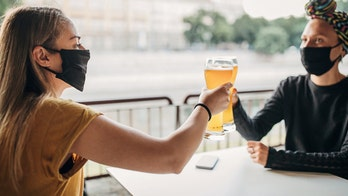 Florida bar owner bans masks, will eject patrons who wear face coverings: 'I don't want them here'