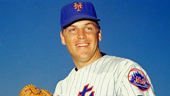 Tom Seaver's death rocks baseball world: 'No one will ever surpass him that wears the orange & blue'