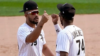 White Sox beat Twins 4-3 to clinch playoff spot