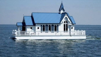 Florida chapel houseboat selling for $400G: 'Chapel on the Bay'