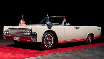 Lincoln Continental JFK rode in the day of assassination up for auction