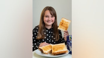 Girl who ate only toast, Pringles claims hypnotherapy cured her food fears