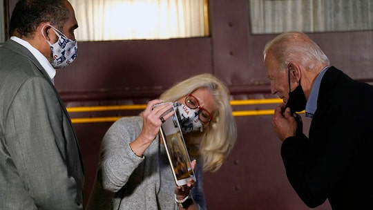 Biden, Mr. Rogers' widow Joanne hold virtual call during Pennsylvania campaign stop