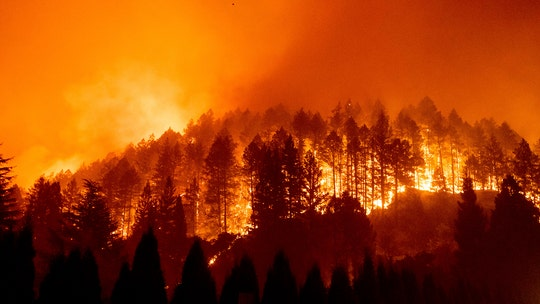 Wildfire threat simmers in California as red flag warnings stretch through state