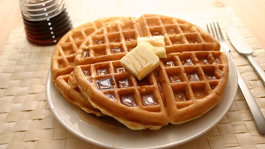 Waffle House celebrating National Waffle Week with giveaways on social media