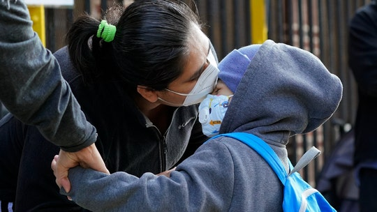 NYC elementary schools reopen in key test of resuming learning during coronavirus pandemic