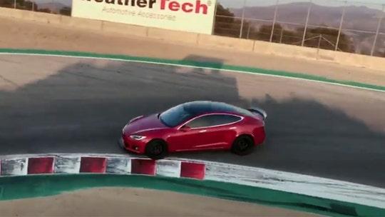 Tesla announces 200 mph Model S 'Plaid' with 520-mile range, $25k car