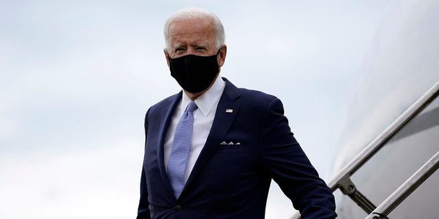 Democratic presidential candidate former Vice President Joe Biden arrives at the Allegheny County Airport in West Mifflin, Pa., en route to speak at a campaign event in Pittsburgh on Monday, Aug. 31, 2020. (AP Photo/Carolyn Kaster)