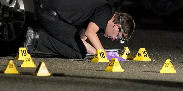 Portland murder suspect 'pointed the handgun' at police during fatal shooting, officials say 13
