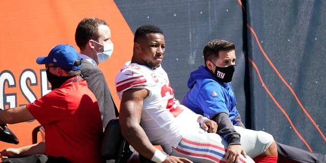 "Giants RB Saquon Barkley suffered knee injury vs. Bears"""