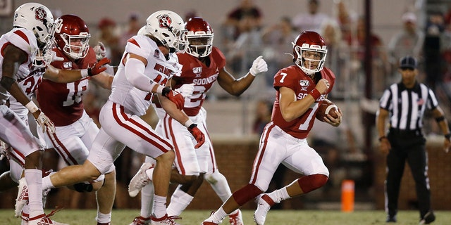 The coronavirus pandemic has shut down much of Division I football, but with three of the Power Five leagues still playing, there are still some big games to look forward to. Oklahoma takes on Texas on Oct. 10, 2020. (AP Photo/Sue Ogrocki, File)
