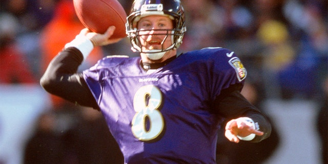 BALTIMORE, MD - DECEMBER 31: Trent Dilfer #8 of the Baltimore Ravens throws a pass against the Denver Broncos during the AFC Wild Card Game December 31, 2000 at PSINet Stadium in Baltimore, Maryland. The Ravens won the game 21-3.. (Photo by Focus on Sport/Getty Images)