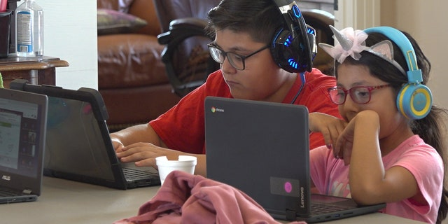 Students working from home (Stephanie Bennett/Fox News).