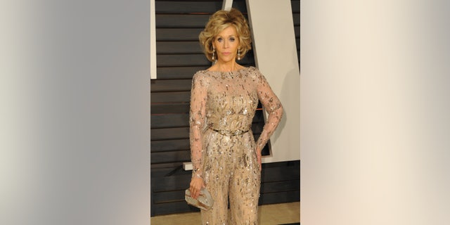 Jane Fonda at the 2015 Vanity Fair Oscars Party. (Photo by Allen Berezovsky/WireImage)