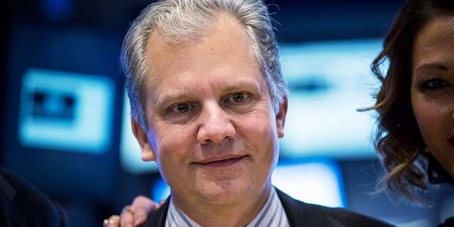 New York Times Chairman and Publisher Arthur Sulzberger Jr. visits the floor of the New York Stock Exchange on Jan. 20, 2015 in New York City. (Getty Images)