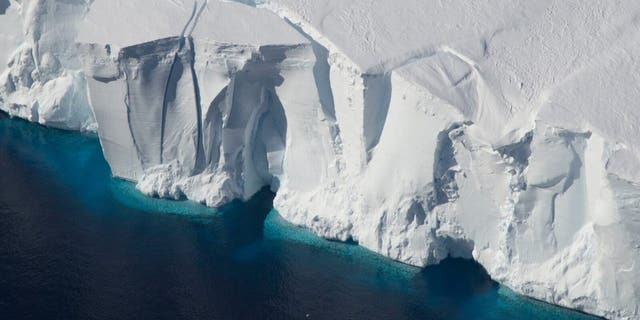 Ice shelves in Antarctica, such as the Getz Ice Shelf seen here, are sensitive to warming ocean temperatures. Ocean and atmospheric conditions are some of the drivers of ice sheet loss that scientists considered in a new study estimating additional global sea level rise by 2100. Credits: Jeremy Harbeck/NASA