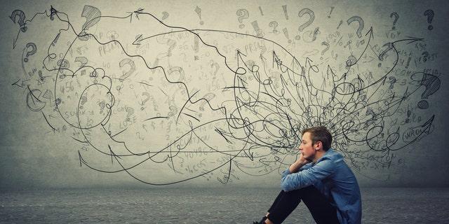 尽管四分之一的受访者表示愤怒加剧,大约58%的受访者表示在即将到来的选举中感到焦虑或沮丧,但绝大多数人的心理健康状况良好。 一位精神科医生说,可能存在否认的因素。 (iStock)