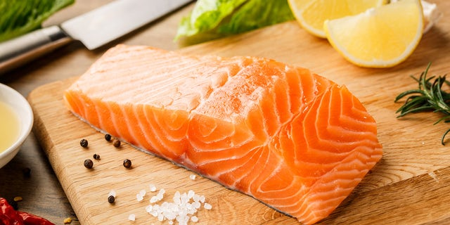 Chinese researchers suggest traces of COVID-19 on salmon were detected and could be infectious for more than a week. (iStock).