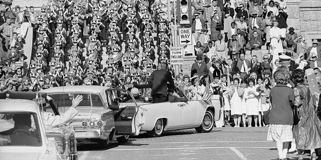 Kennedy and Connally used the white Lincoln in Fort Worth.