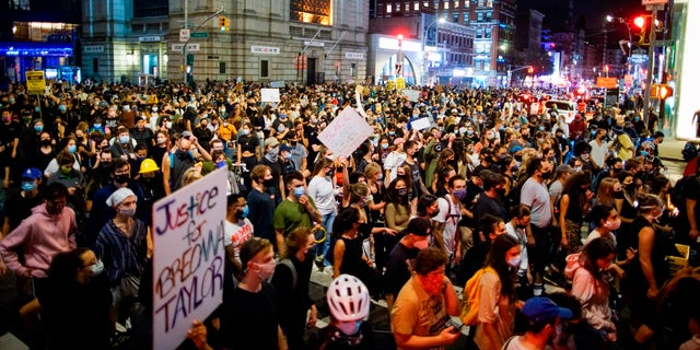 Demonstrators gather in New York to protest the grand jury's decision