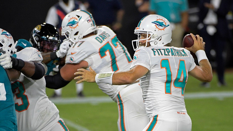 Ryan Fitzpatrick leads Dolphins to first win of season -- over Jaguars