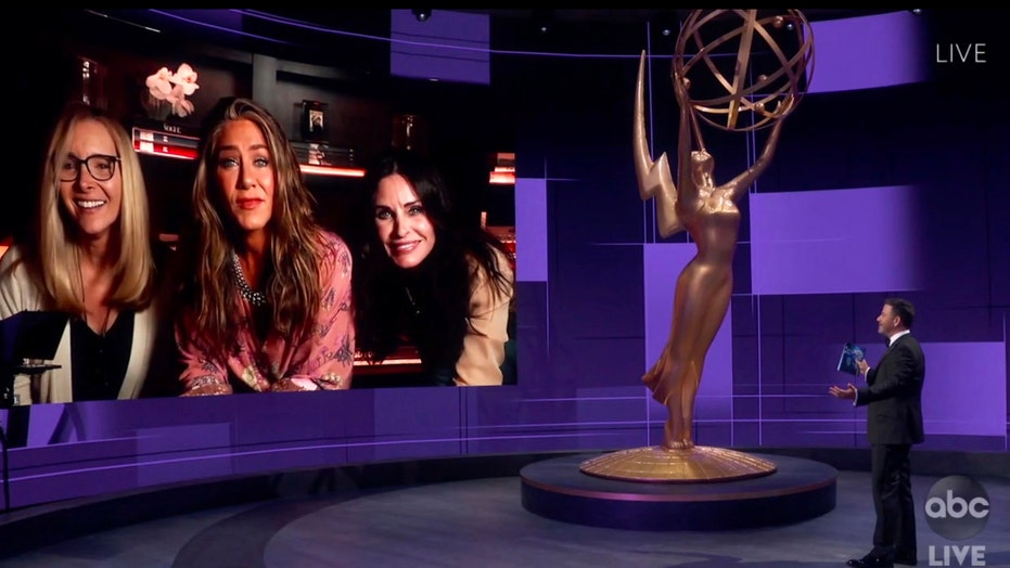 Jennifer Aniston Joined By Courteney Cox And Lisa Kudrow At 2020 Emmys Fox News