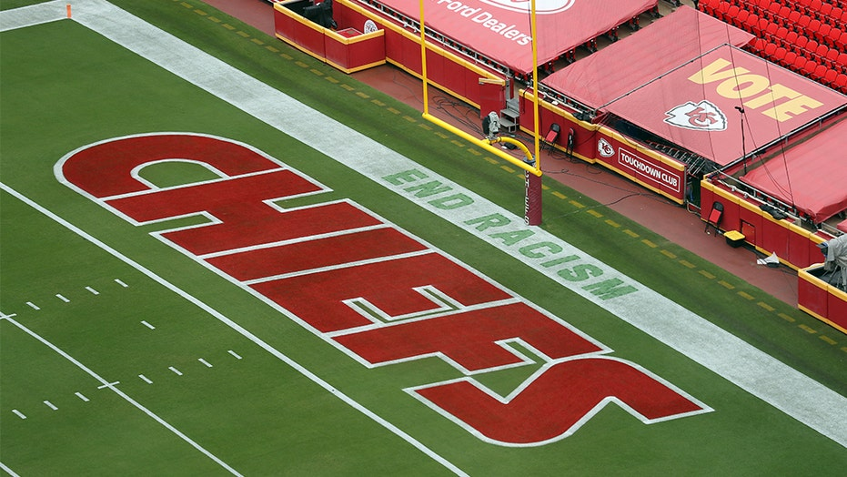 NFL takes heat over 'End Racism' message in end zone before Chiefs-Texans game