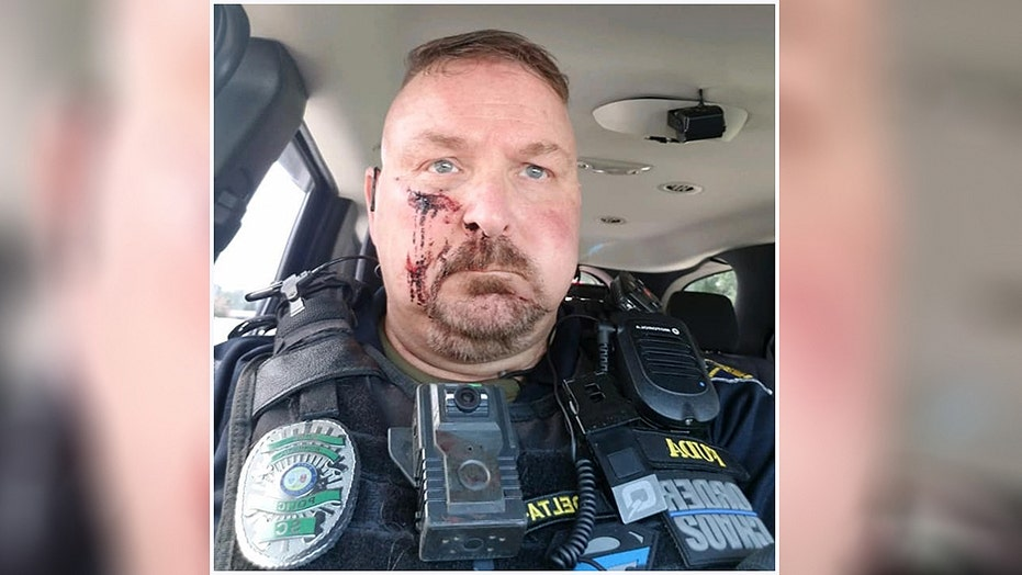 South Carolina police chief stabbed in face with ice pick after answering door