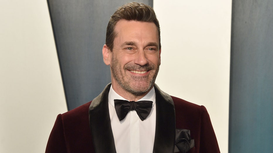 Judge rules use of paparazzi pic that obscured Jon Hamm's 'privates' is legal: report