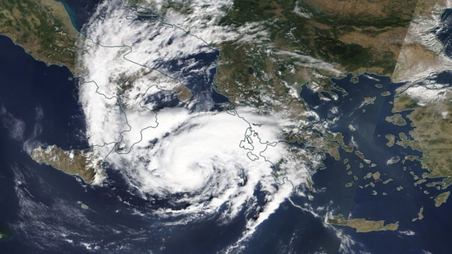 Strong 'Medicane' takes aim at Greece, alerts issued for cyclone-like storm
