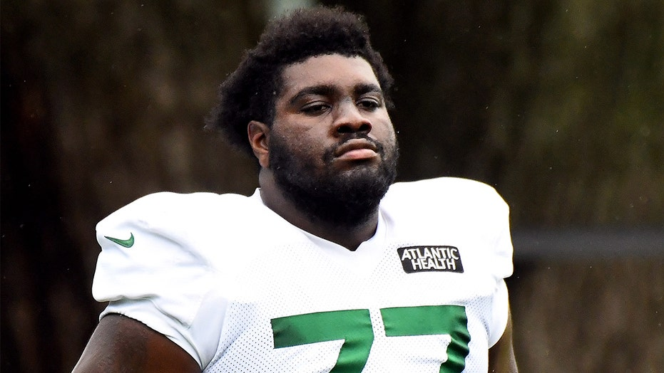 'Ready for fist fight': Jets deliver Mekhi Becton warning to Bills