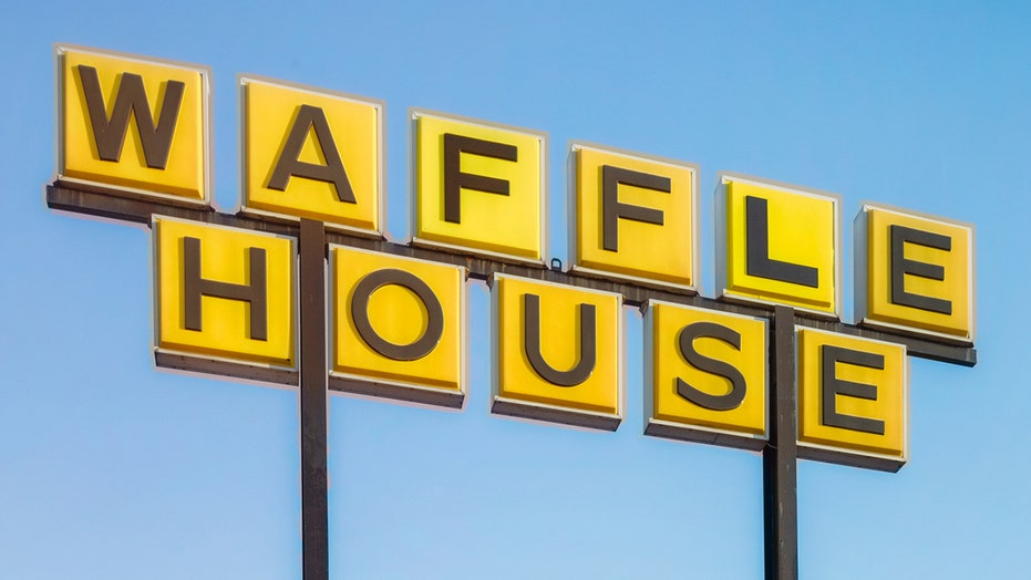 Waffle House investigating wild brawl that allegedly broke out over unpaid tickets and customer's phone