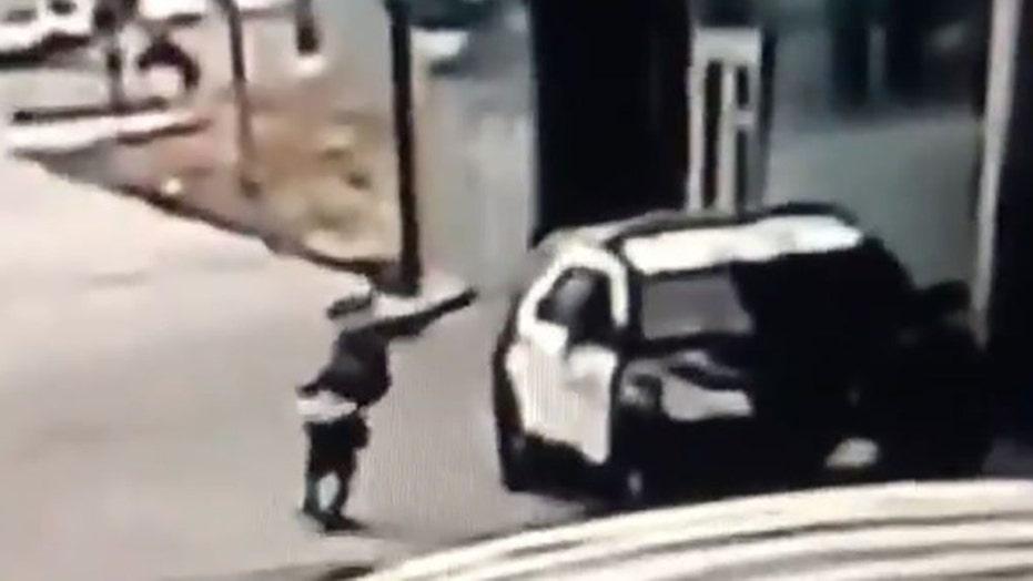 Compton 'ambush' leaves 2 LA County sheriff's deputies 'fighting for their lives' | Fox News