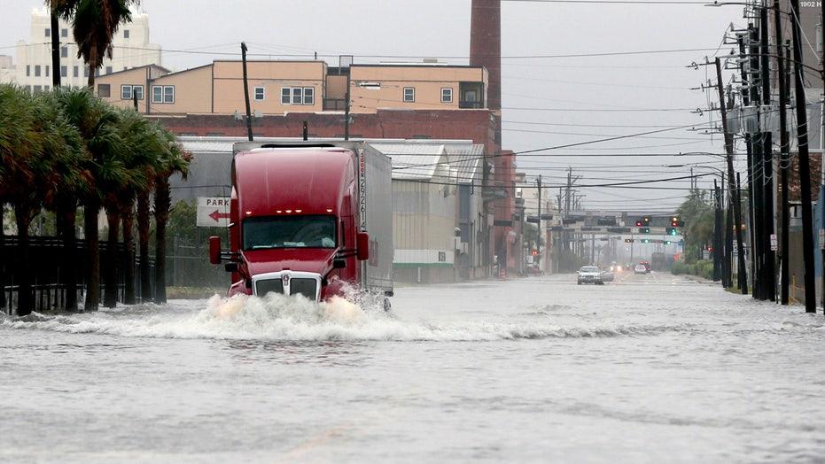 Tropical Storm Beta nears Texas coast