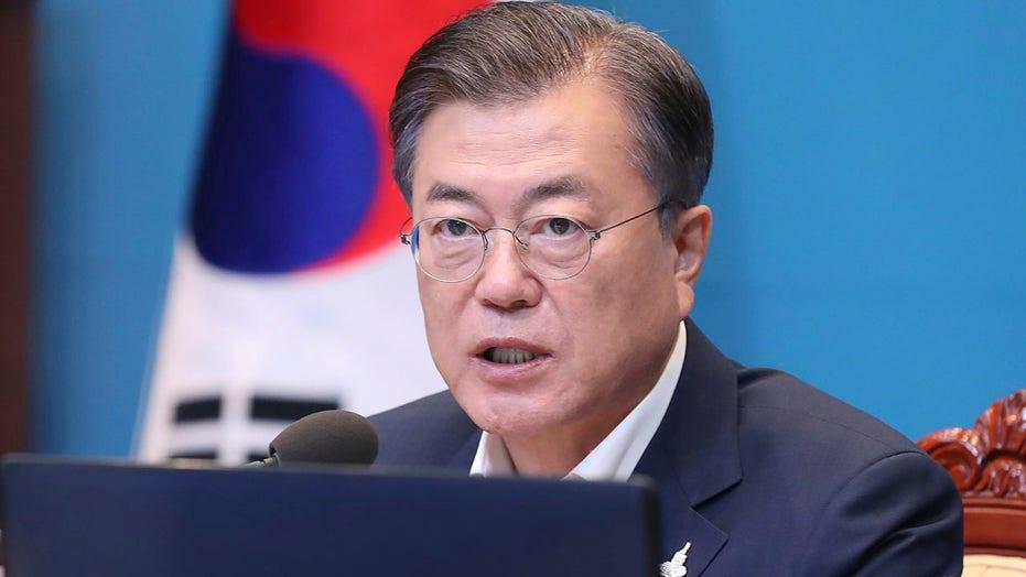 韩国文在寅说,政府未能保护被北朝鲜杀死的公民