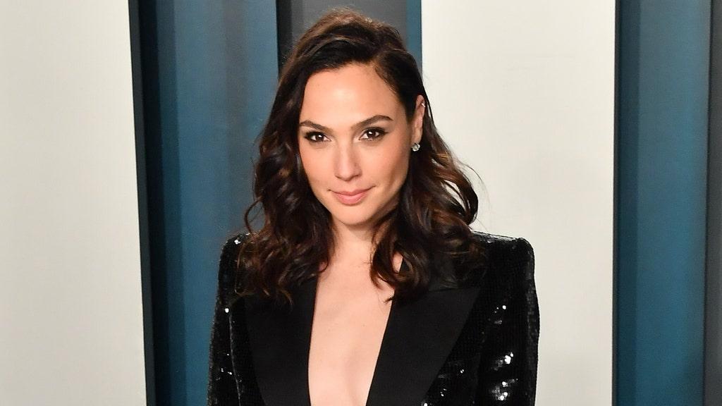 Israeli 'Wonder Woman' star slammed over support of home country