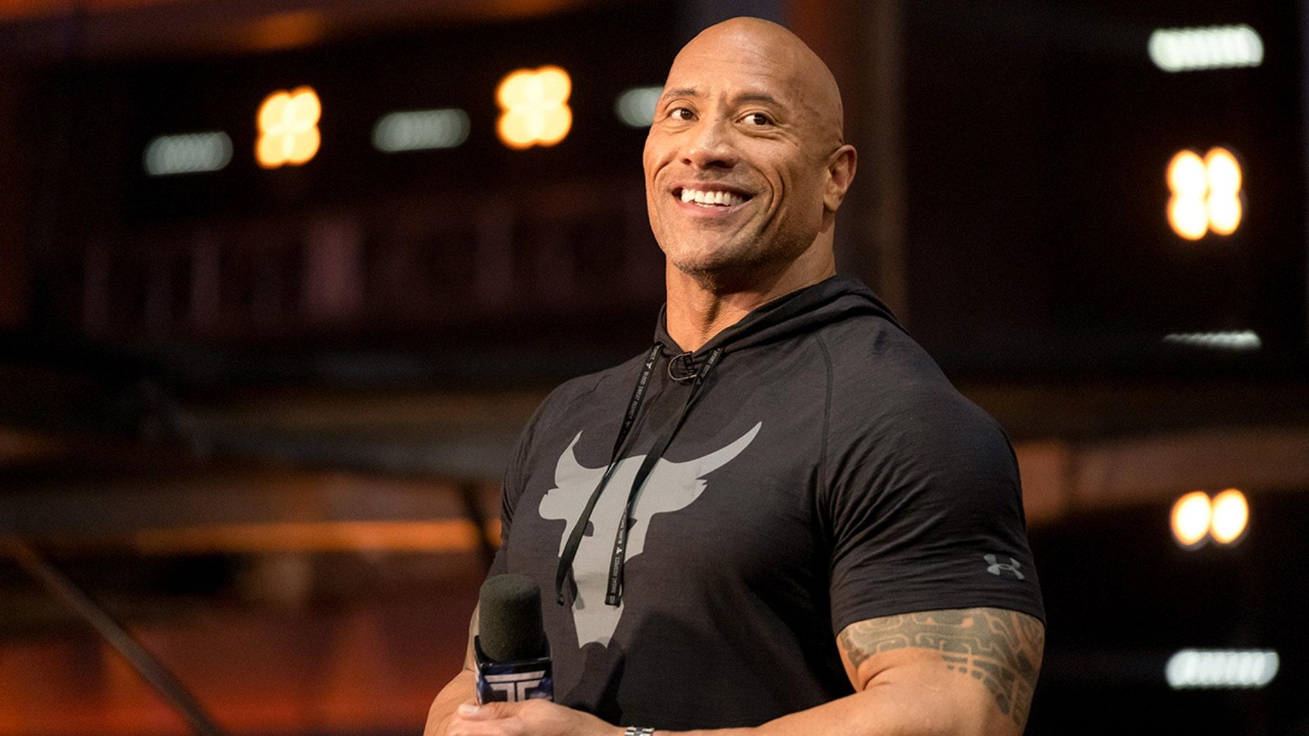 Dwayne 'The Rock' Johnson sofre lesão no rosto durante o treino: 'As coisas ficam extremamente intensas' 1