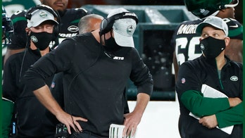 Adam Gase stumbles over play-calling questions after Jets fall to Dolphins